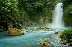 In Honor Of National Relaxation Day, Here Are Some Of The Most Relaxing Places On Earth: Rio Celeste Falls, Costa Rica