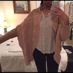 Batwing cardigan Bought from another posher, but i really can't  get jiggy with this sweater lol  its super warm, & i was told it was a size M, but there's no tags... Not sure why, but hopefully someone else enjoys it. Not from listed brand. Anthropologie Sweaters Cardigans