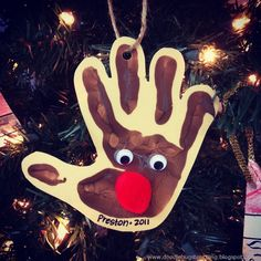 Hand-print Rudolph.