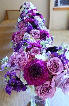 KRISanthemums Purple and lavender bridal party bouquets