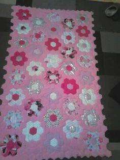 Hexagon quilted blanket