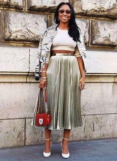 Shiona Turini at Paris Fashion Week Spring 2017 Look Street Style, Street Chic, Star Fashion, Fashion Outfits, Paris Fashion, Dope Fashion, Future Fashion, Boho, Classy Outfits