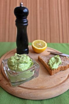 Guacamole, Dips, Paleo, Food And Drink, Mexican, Cream, Dinner, Breakfast, Ethnic Recipes