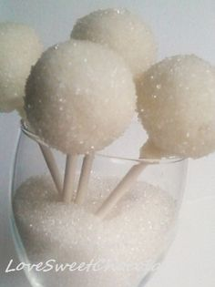 Snowballs#xmas #holiday #happyholiday #merrychristmas #christmasdecorating #chrismtmasdecor #holidaydecor #redandgreen #decor #festive #deckthehalls #happyholidays #bestholidayideas #bestchristmasideas #christmasplanning #holidayrecipes #baking #holidaybaking #cooking #recipes #bestholidayrecipes #bestchristmasrecipes www.gmichaelsalon.com