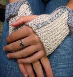 Free Handwarmer Knitting Pattern | Fiddle Knits Designs