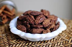 Mexican Hot Chocolate Toasted Pecans, im making these for Crimmaz time!