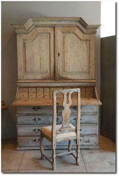Huge Gustavian Hutch  Desk , Sweden C. 1800 From Galerie Half