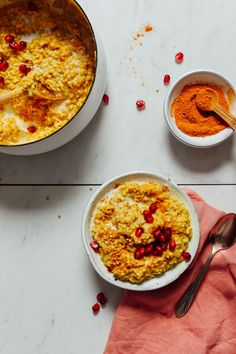 Cozy turmeric porridge with steel cut oats, coconut milk, turmeric, and spices, and naturally sweetened with maple syrup. Just 1 pot required! Baker Recipes, Oats Recipes, Gourmet Recipes, Whole Food Recipes, Healthy Recipes, Diet Recipes, Minimalist Baker, Sweet Breakfast, Breakfast Ideas