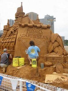 Amazing Sand Sculptures (17)