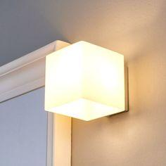 Belle applique LED de salle de bain Kirsa LAMPENWELT