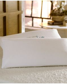 Nature's Sleep Dual Visco Lite Pillow is on Rue. Shop it now.