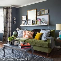 a little dark & a little moody: 6 bold living rooms - home and ... - Wohnzimmer Blau Grun