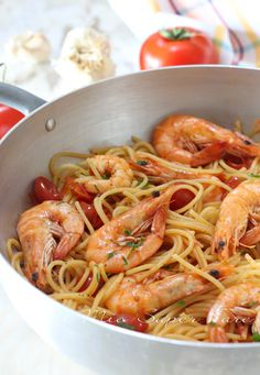The History of Pasta in Italian Food Pasta Dinner Recipes, Best Italian Recipes, Favorite Recipes, Italy Food, Seafood Pasta, Food Porn, Easy Meals, Food And Drink, Healthy Recipes