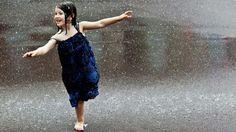 Alone Girls Beautiful Girl In Rain Wallpapers Resolution : Filesize : kB, Added on June Tagged : alone girls Girl In Rain, I Love Rain, Walking In The Rain, Singing In The Rain, 2560x1440 Wallpaper, New Foto, Rain Dance, Rain Wallpapers, Desktop Backgrounds