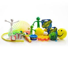 Complete fiddle kit with 15 items, including koosh balls, bendy men, stress balls and coloured springs