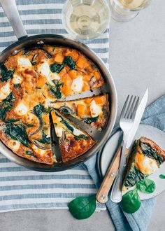Veggie Recipes, Vegetarian Recipes, Cooking Recipes, Healthy Recipes, I Love Food, Good Food, Healthy Diners, Frittata, Happy Foods