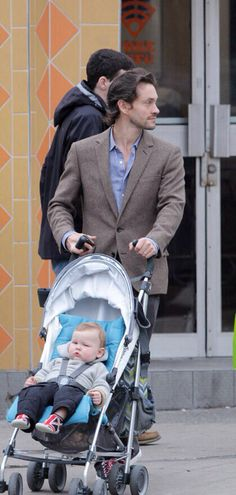 AU where Will was a single dad before meeting Hannibal and this is him and his son