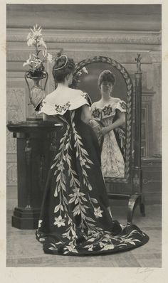 What the woman who inspired Proust's Duchess of Guermantes wore in real life.