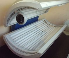Natural Sunlight Vs Tanning Beds: Everything You Need To Know