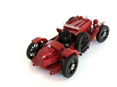 Alfa Romeo 8C 2600 Monza (1933 spec)-Scuderia Ferrari by bobalexander!, via Flickr