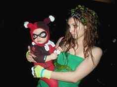 Me and my Baby girl , poison ivy and harley quinn <3 #cosplay #megacon #halloween #poisonivy #harleyquinn