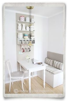 Shabby Look: DIY in the Kitchen Nook--cute! Looks like they took kids toy boxes! - Shabby Look: DIY in the Kitchen Nook–cute! Looks like they took kids toy boxes! Shabby Look: DIY in the Kitchen Nook–cute! Looks like they took kids toy boxes! Kitchen Table Bench, Small Kitchen Tables, Kitchen Corner, Diy Kitchen, Kitchen Decor, Kitchen Ideas, Kitchen White, Kitchen Shelves, Kitchen Cabinets