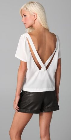 would look great with a messy bun and statement earrings (minus the shorts, I couldn't pull those off haha).