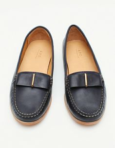 Moccasin Flats In Navy // A.P.C.