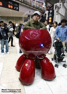 Robot something. Japan. Stalk us on: Facebook:theexperiencearchitect|Twitter:@Experience_guru| Instagram: experienceguru