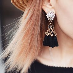 Crystal Black Tassel Earrings - #tassel #fashion #jewelry #fashionista #earrings #fashiontrends - 19,90€ @happinessboutique.com
