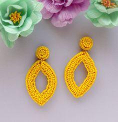 Yellow Ring Oval Geometric Beaded Hoop Earrings Peridot Seed | Etsy