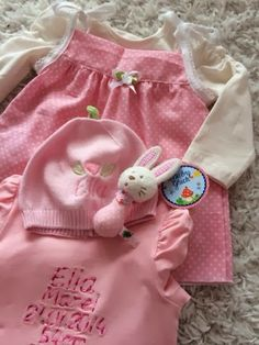 ♥ Luusmeitlifashion ♥Zwergenverpackung nach Farbenmix Schnittmuster Mädchenkleid Baby http://muggelchens-kuschelwear.blogspot.ch/2014/01/zwergenverpackung.html