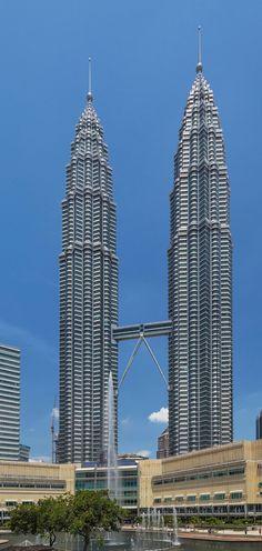 Petronas Twin Towers,  Dubai,  Cesar Pelli & Associates