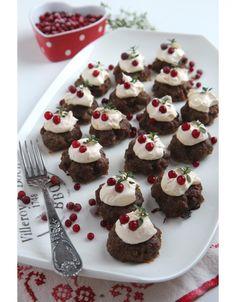 Jouluiset lihapullat Mini Cupcakes, Healthy Recipes, Healthy Food, Bakery, Muffin, Good Food, Tasty, Cookies, Breakfast