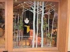 Store Window Displays, Library Displays, Display Window, Retail Displays, Anthropologie Display, Design Garage, Window Art, Window Ideas, Retail Windows