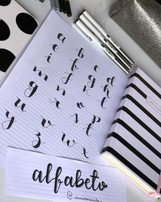 4 Reasons to Learn Handwriting – Improve Handwriting Bullet Journal Titles, Journal Fonts, Bullet Journal Notebook, Bullet Journal School, Bullet Journal Inspiration, Journaling, How To Write Calligraphy, Calligraphy Letters, Hand Lettering Alphabet
