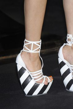Junko Shimada Fall 2010 - I bet it hurts so bad to walk in these after the first hour or so haha