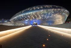 東大門デザインプラザ(DDP)|東大門(ソウル)の観光スポット|韓国旅行「コネスト」