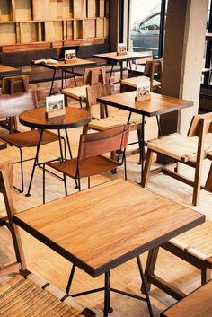 Inside Tierra Garat Café in Ciudad de México - Foodielovin' Cafe Furniture, Restaurant Furniture, Restaurant Interior Design, Cafe Interior, Furniture Cleaning, Furniture Stores, Cheap Furniture, Furniture Design, Restaurant Vintage