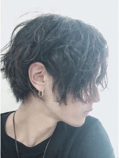 Undercut Hairstyles, Short Bob Hairstyles, Boy Hairstyles, Pretty Hairstyles, Anime Hairstyles In Real Life, Undercut Pixie, Shaved Hairstyles, Pixie Haircuts, Short Grunge Hair