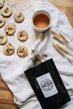 """Biscuits à l'infusion aux baies sauvages & fruits rouges """"Une Virée dans le sous-bois"""" de Sinensem"""
