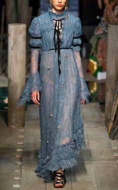 What Roslin Frey /Tully would wear, Erdem