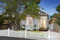 BRIGHTON EAST 20 Coronation Street  A Bright Family Start in the School Zone The perfect start for families seeking light, spacious and modernised period living with a prestigious 3187 postcode, Gardenvale Primary zoning & easy access to Landcox Park, Bay & Martin St shops, station and the beach.  #forsale #propertyforsale #australia #buxton