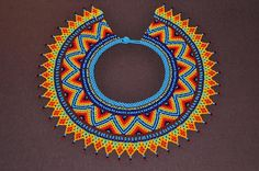 Colliers – Choker boho style from Colombia – a unique product by luloplanet on DaWanda Beaded Collar, Collar Necklace, Bead Crochet, Crochet Necklace, Beaded Jewelry, Beaded Crafts, Seed Beads, Boho Fashion, Peyote Patterns