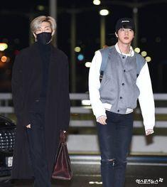 Incheon Airport Departure to LA Seokjin, Namjoon, Hoseok, Taehyung, Bts Bangtan Boy, Bts Boys, Jimin, Bts Airport, Airport Style