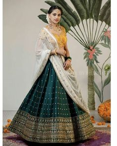 Latest Collection of Lehenga Choli Designs in the gallery. Lehenga Designs from India's Top Online Shopping Sites. Indian Gowns Dresses, Indian Fashion Dresses, Dress Indian Style, Indian Designer Outfits, Indian Designers, Designer Dresses, Lehenga Saree Design, Half Saree Lehenga, Indian Lehenga