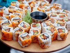 Immagine di sushi, food, and yummy