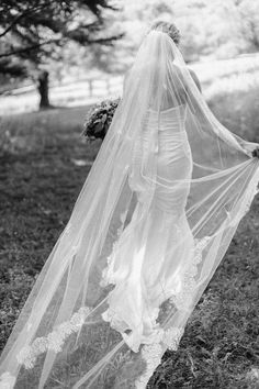 long cathedral veil. Bridal photo. Turner Hall wedding Milwaukee wedding. Rustic vintage Wisconsin backyard wedding. Photo by Anna Page Photography.