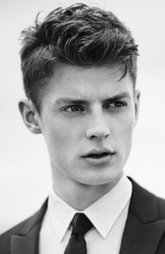Popular Hairstyles Men Cool Popular Hairstyles For Men The Textured Crop Haircut