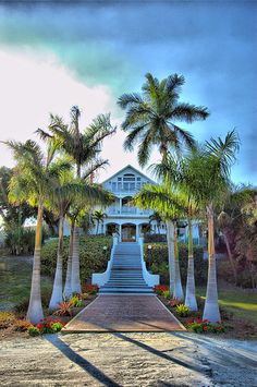 Daylight view of Useppa Island Hotel - this is a private island. We joined, along with our other boating friends and would spend many weekends docked at their marina. Some of my favorite memories! Cape Coral Florida, Florida Girl, Old Florida, Florida Travel, Great Places, Places To See, Beautiful Places, Pine Island, Captiva Island